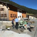 Terrassenneubau Gasthaus Älpele, Lagersockel betonieren