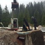 Waldbad Lech - Entfernen der Folie Zwischenbecken