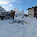 Ende Gelände: Restabbau Spielplatz sport.park.lech, Trampolin winterfest machen