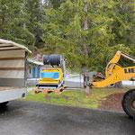 Saugroboter nach Service zurück ins Waldbad bringen
