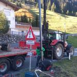 Straßenbeleuchtung neu stellen nach LKW-Unfall Strass