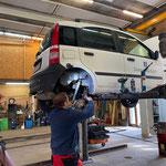 Fiat Panda ARA, Reparaturarbeiten für Begutachtungsplakette