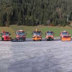 Kommunalgeräte Präsentation der Pappas Gruppe in Waidring Tirol, Vorbereiten der Ausstellungsfahrzeuge