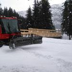 """Pistenbully 100 im Loipeneinsatz bei der neuen """"vorderen Butzenbrücke"""""""