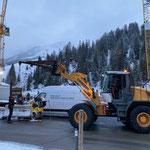 Baustellenabsperrungen setzen