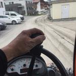 Drittleistung: Kehrmaschineneinsatz Holder C270 in Oberlech