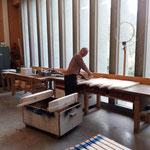 Arbeiten in der Tischlerei für unser Wegenetz