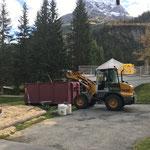 Aufräumarbeiten im Waldbad