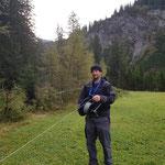 Weidezaun aufrollen Engerle Wald
