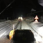 Schneeräumung L198 aufgrund der Sperre Flexenpass...