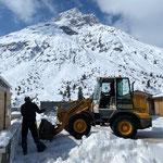 Schneeräumung Bauhofdach