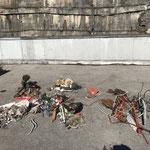 Ausbeute Müllsammelaktion Fischereiverein Lech, Raiffeisenbrücke-Dorfbrunnen, selbes Fazit