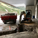 Leitungsbau Bauhof-Vorplatz: Baggerarbeiten