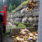 Nagelfreies Holz einfassen