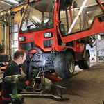 Holder C2.42 reparieren in der Werkstatt