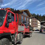 Pistenbully Paana - Transport zum Bauhof