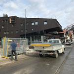 Bauzäune entfernen Baustelle Gemeindezentrum