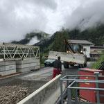 Jerseywände stellen für Hinterfüllungsarbeiten Tunnel GZL
