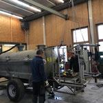 Konstruktionsarbeiten am Pumpfass, Tankspritzen-Anbau