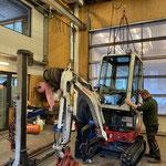 TB 216 nach Einsatz Lechbach Generalreinigung, Fahrerkabine wieder montieren