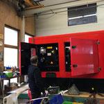 Reparaturarbeiten Aggregat mobile Schneeanlage