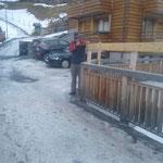 Geländererhöhungen montieren Burgwaldweg...