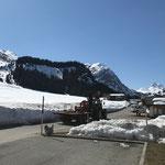 Schneestangen einsammeln, mit Steyr 6190 CVT, Omesberg