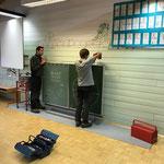 Mithilfe Renovierung Schule, Abbau Tafeln