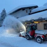 ...und Schneeräumung Ärztehaus