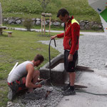 Brunnen installieren Jugendplatz