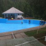 Schwimmbad, großes Becken malen
