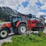 Baggerrücktransport mit Steyr 6190 CVT, Bigabhänger