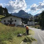 Böschung ausmähen in Stubenbach
