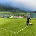 Linien ziehen Fußballplatz
