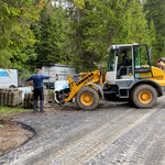 Abtransportieren alte Beton-Rasengittersteine