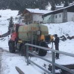 Tagwasserrohr spülen beim Wasserwerk Zug, mit U400