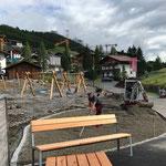 Spielplatz sport.park: Eingangs- und Malbereich vorbereiten für Asphaltierungsarbeiten