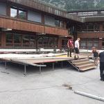 Bühnenbau Schulplatz