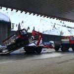 Snow Rabbit 3 Transport zu den Winterwanderwegen in Zürs, Strecke Lech-Zürs noch wegen Lawinengefahr gesperrt!