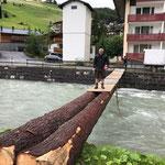 Stromkabelbrücke beplanken