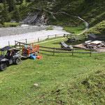 Holz liefern Grillplatz Chalberläger