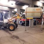 U400 Tankaufbau versorgen in der Bauhofgarage