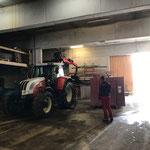 Traktor Steyr 6190 CVT, Abbau Kran und Aufbau Hängerfräse