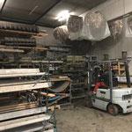Tische und Bänke versorgen am Bauhof