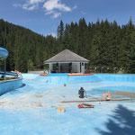 Schneidarbeiten im großen Becken