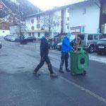 Neujahr-Aufräumarbeiten mit Laurin und Tobias von der Jugendfeuerwehr Lech, danke für eure Hilfe!