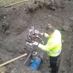 Anschluss an Wasserleitung herstellen