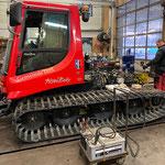 Pistenbully 100, Service und Reparaturarbeiten, Rückbau