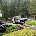Brücke abpacken zum Kinderbecken, Vorbereitungen für weitere Drainagierungen