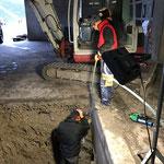 Leitungsbau Bauhof-Vorplatz: Ecken ausschremmen für Schacht